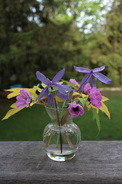 The Impatient Gardener: Clematis, geranium, bleeding heart bouquet