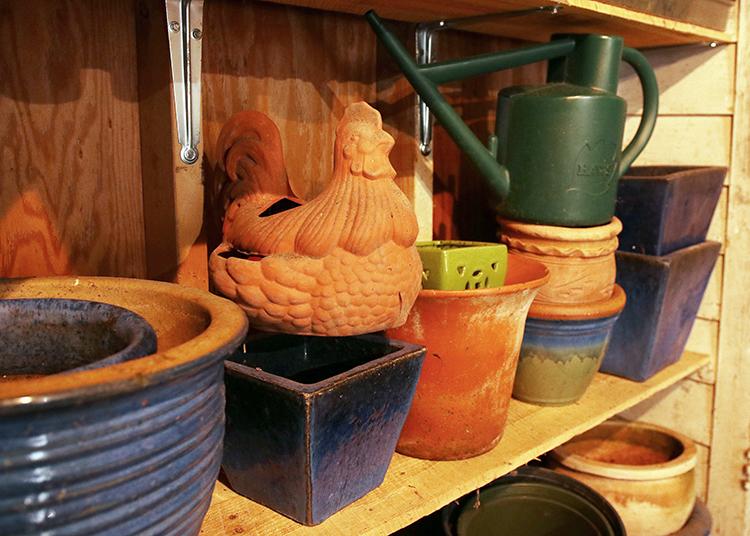 Organized pot shelves