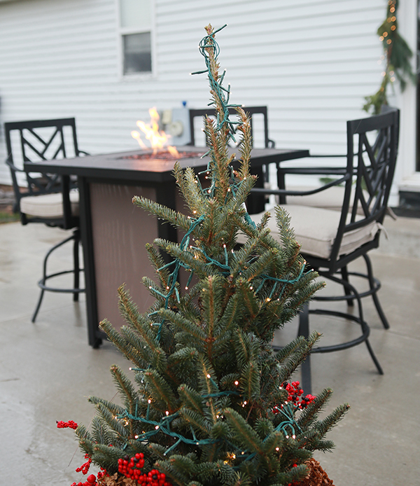 mini christmas tree with fire table.