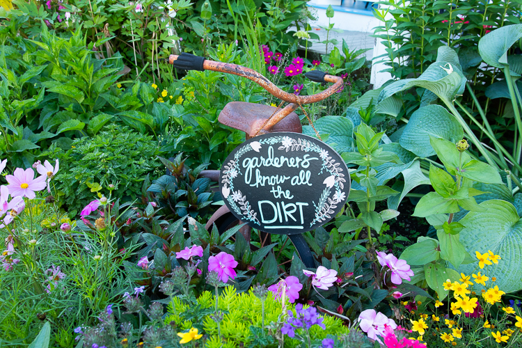 gardeners know all the dirt