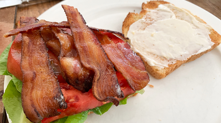 bacon on blt
