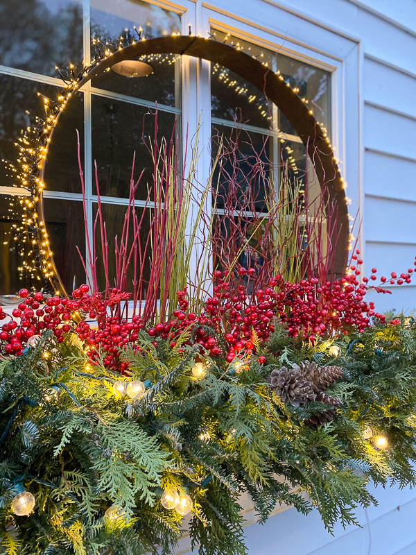 lighted holiday window box